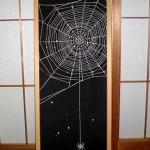 和ゴスな「蜘蛛の糸」インテリア。あと一歩ゴシック要素が足りない?