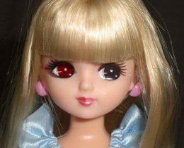リカちゃん人形を半顔メイク!ゴスメイクを無料ツールで体験♪