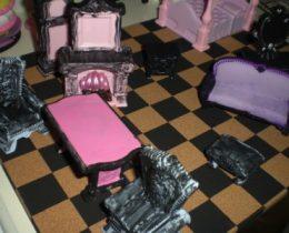 ドールハウス:100均材料でANASUI風ミニチュア家具をDIY