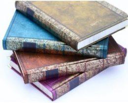 魔法書柄の日記帳がゴスカワ!インテリアにも♪