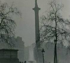霧のロンドンのゴシックさがスゴイ!すべてが影絵のような世界