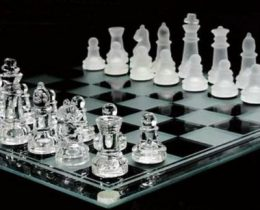 チェス盤ってゴスインテリアとして有能!クリスタルの欲しいなぁ★